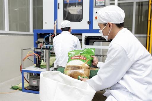 Công dụng của máy đóng gói gạo – điều không phải ai cũng biết